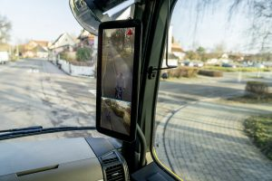 Les MirrorCams et l'ABA5 : vedettes du stand Mercedes-Benz à Matexpo