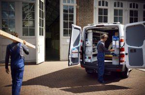 Kiezen voor een elektrische (of hybride) bestelwagen: dit moet je weten